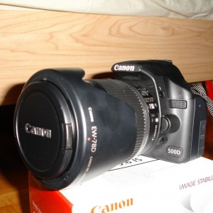 Canon EOS 500D EFS 18-200mm